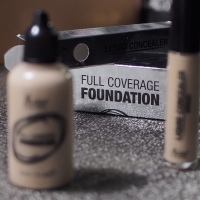 Melkior full coverage foundation si liquid concealer